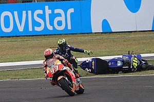Lorenzo culpa comissários pela agressividade na MotoGP