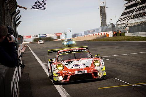 24h Nurburgring: 1-2 Porsche-Frikadelli nella Qualification Race