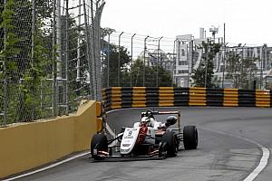 Macau GP: Schumacher hızlı başladı