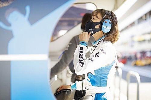 F1参戦が目前で頓挫……あの時の悔しさを原動力に、復帰したスーパーGTでチームを率いる芳賀美里