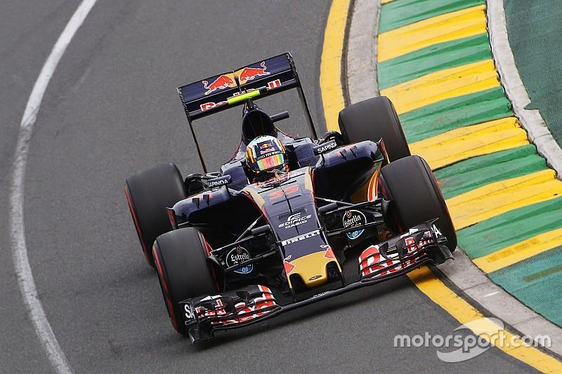 Verstappen insists no tension with Sainz