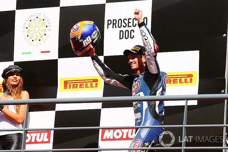 https://cdn-9.motorsport.com/images/amp/6xPgEG76/s6/wsbk-portimao-2017-michael-van-der-mark-pata-yamaha-5601560.jpg