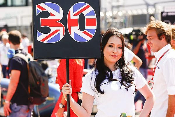 Fotogallery: ecco le grid girl asiatiche del GP del Giappone di F.1