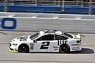 NASCAR Cup Finale incandescente a Talladega, vince Brad Keselowski