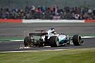 Hamilton arrancó el sábado al frente en Silverstone