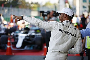 A Mercedesnek honnan volt 1.1 másodperces előnye Bakuban?!