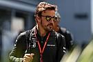 McLaren, consciente de que tiene que convencer a Alonso para 2018