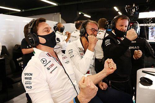 """Häkkinen: """"A Mercedes ebben sokkal jobb, mint a Red Bull"""""""