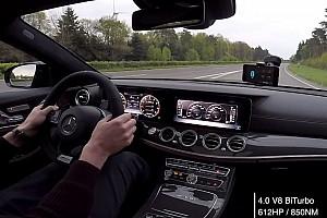 OTOMOBİL Özel Haber Mercedes-AMG E63 S otobanda 307 km/s hızı görüyor [VİDEO]
