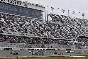 IMSA Crónica de Carrera Alonso gana una posición en el arranque de las 24 Horas de Daytona