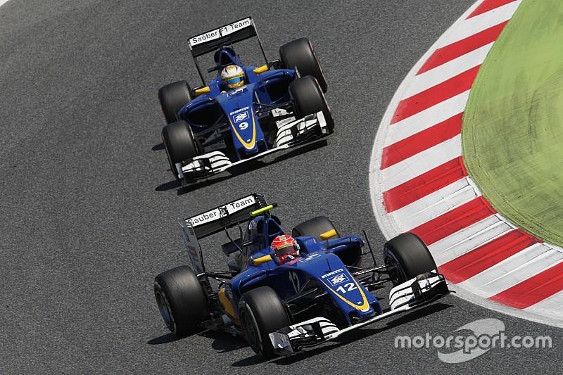 """Sauber: не тільки наша команда бореться з """"важкими умовами"""""""