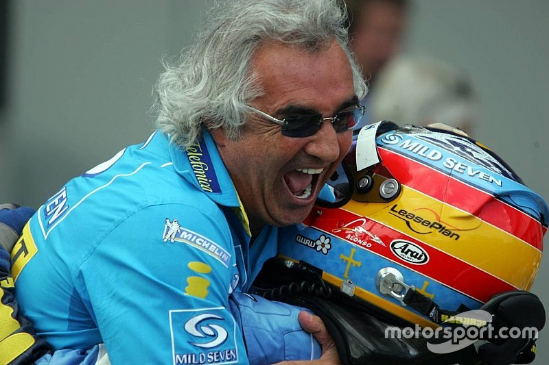Briatore: Alonso, Hamilton'dan daha iyi