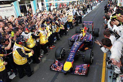 A Red Bull kedves gesztusa Ricciardo felé az első közös futamot követően