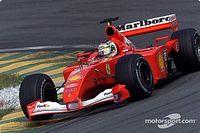 Barrichello y Magnussen ganan carrera virtual de leyendas