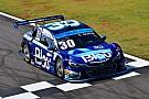 Stock Car Brasil Cesar Ramos surpreende e é o mais rápido do dia em Goiânia
