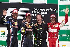 Forma-1 Nosztalgia Retro: Meglepetés pole és kettős Red Bull-győzelem Brazíliában, de Alonsónál maradt az előny
