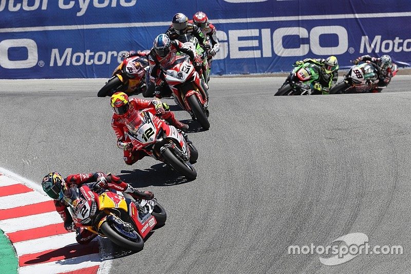 Leon Camier wütend: MotoGP schaut nicht auf Superbike-WM