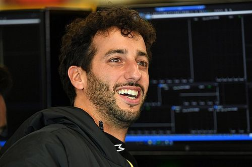 "Ricciardo wanted to avoid going down sim racing ""rabbit hole"""