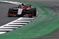 Silverstone F2: Ilott deja sin pole a Lundgaard