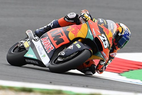 Moto2, Assen, Libere 3: Fernandez svetta, insegue Bezzecchi
