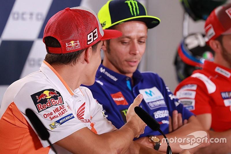 Rossi le niega las paces a Márquez
