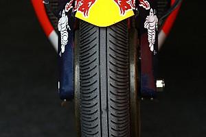 MotoGP Noticias Los equipos de MotoGP solo podrán correr con la goma dura delantera