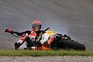 【MotoGP】ホンダ、2台揃って転倒。マルケス「