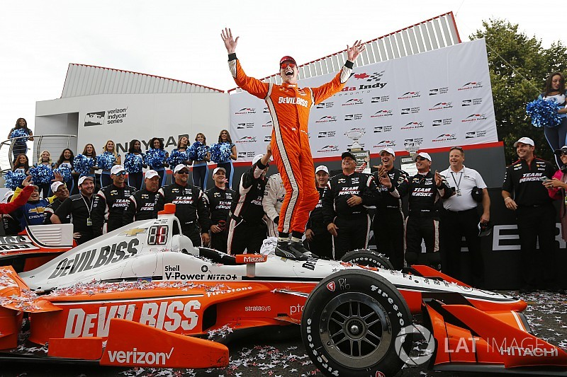 Toronto IndyCar: Newgarden holds off Rossi as other aces hit bad luck
