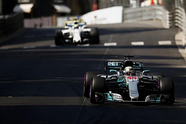 Формула 1 Реакція Хемілтон не зміг назвати причину відставання від Ferrari