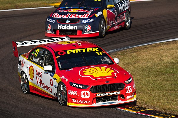Darwin Supercars: McLaughlin grabs provisional Sunday pole
