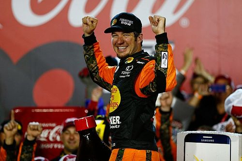 Truex sets records with dominating Coke 600 win