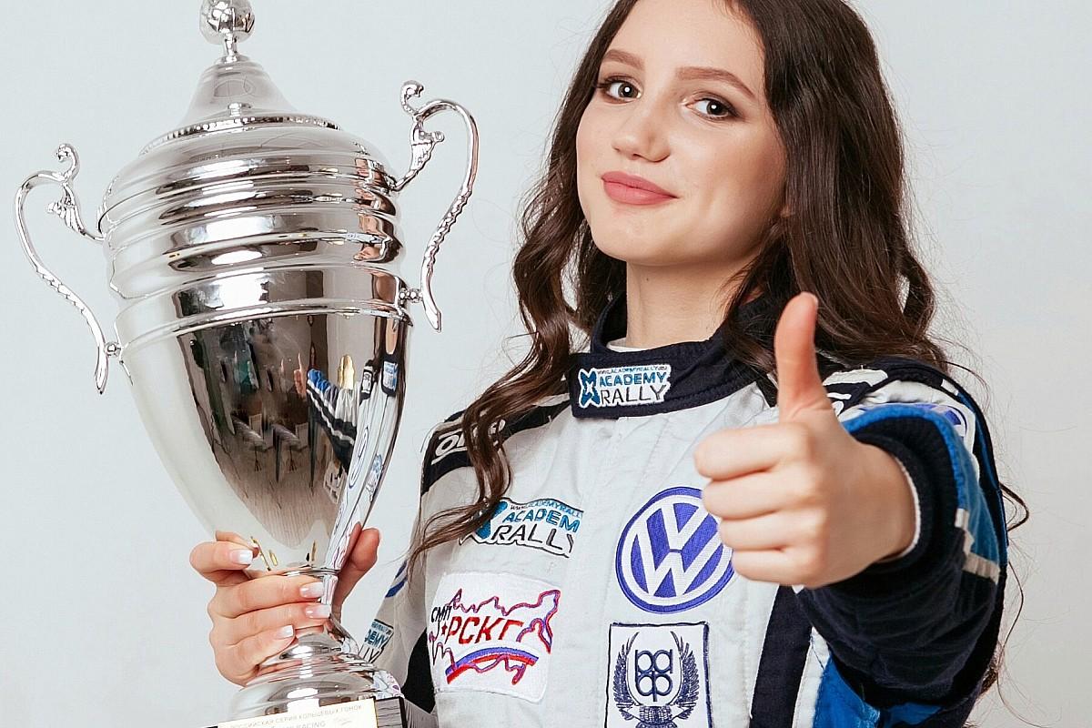 SMP Racing взяла в программу 15-летнюю гонщицу. Ее будут готовить к W Series