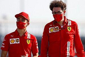 """Binotto traça paralelos entre Leclerc e Schumacher para a Ferrari: """"Charles está se tornando um líder"""""""