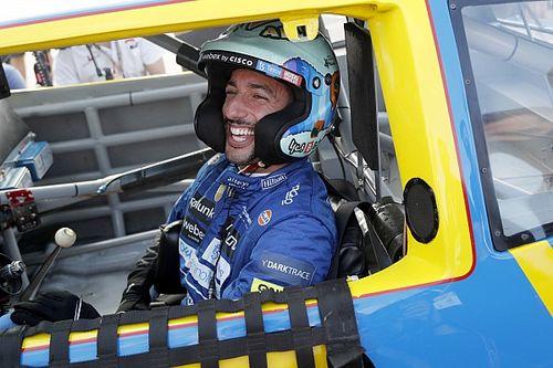 """Ricciardo """"sírt volna"""", ha hallja Earnhardt szavait"""