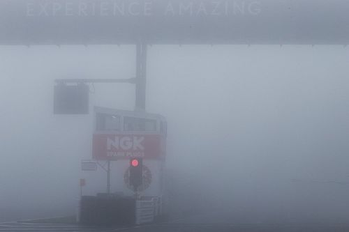 Heavy fog threatens Autopolis Super Formula race