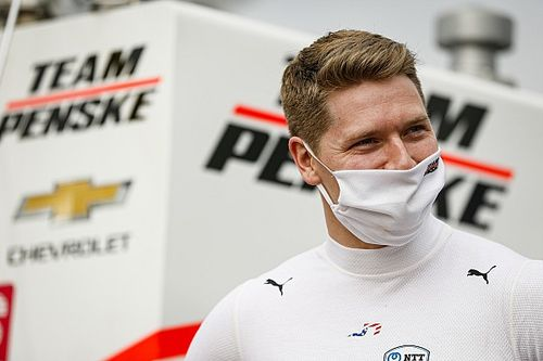 Newgarden stymied by lost steering wheel, lost power, lost laps