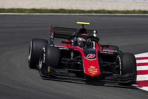 FIA F2 Отчет о гонке Расселл выиграл гонку Ф2 в Барселоне – она прерывалась четыре раза