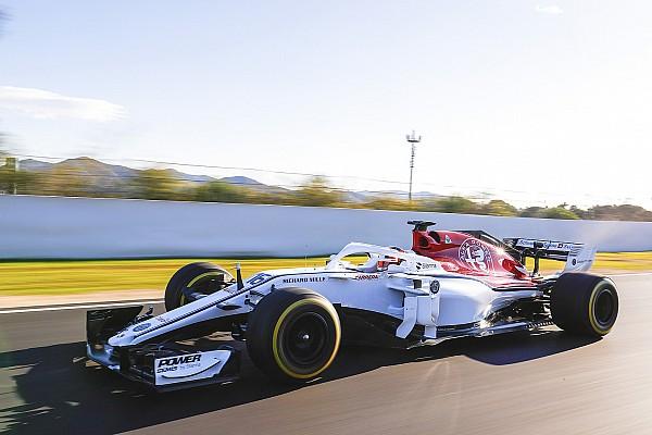 Формула 1 Самое интересное Первые тесты: как выглядят новые машины Ф1 на трассе