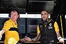 Формула 1 Renault: Бороться за победу в Канаде Red Bull не позволило топливо
