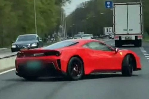 Szomorú, de tanulságos balesetet szenvedett egy Ferrari 488 Pista (videó)