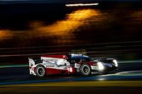 Le Mans 24h: The #8 Toyota has long stop to cure brake issue