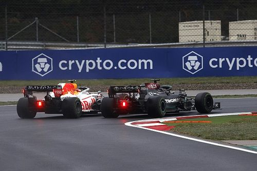 RETA FINAL: Red Bull descobriu problema? Mercedes será desfalcada?