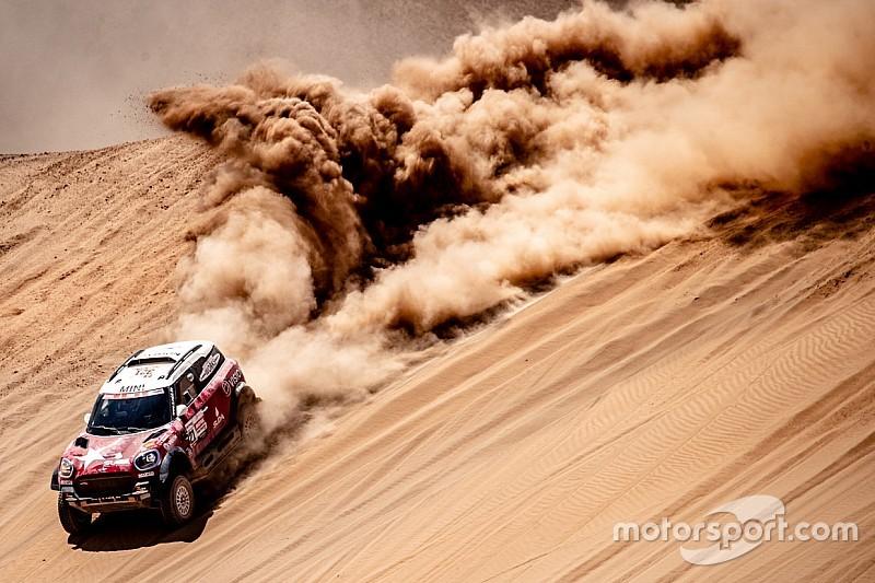 Salidas en línea, playa y mucha arena: las mejores fotos de la dura etapa 5 del Dakar