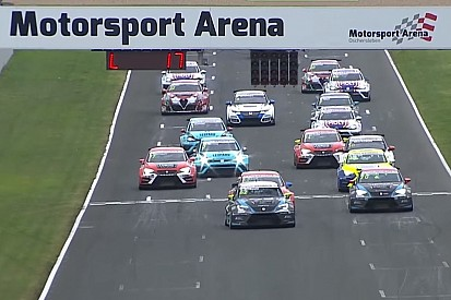 Video: Die Highlights der TCR-Serien in Oschersleben
