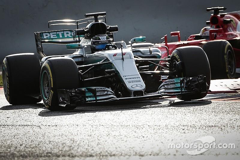 В Ferrari блефуют, уверен Хэмилтон