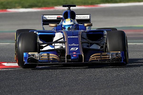 Formule 1 Diaporama Photos - La Sauber C36 pour la première fois en piste!