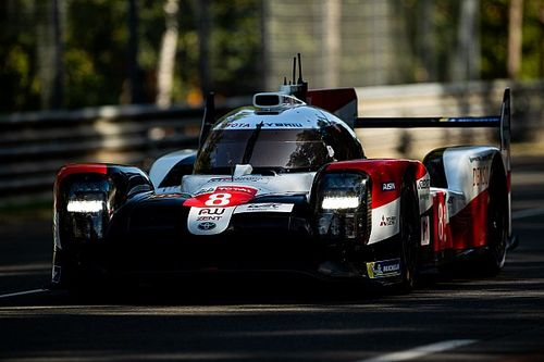 24 uur van Le Mans: Buemi snelste tijdens vochtige warm-up