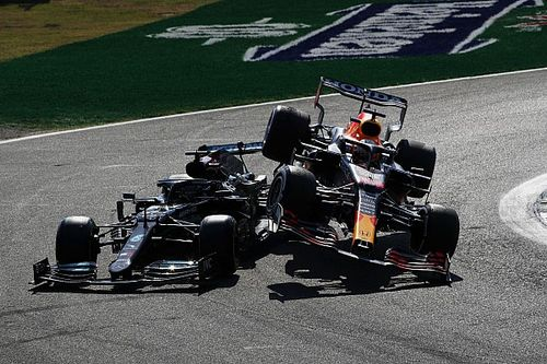 "Massa: ""Verstappen, Hamilton'la yarışırken risk almalı"""