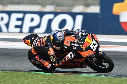 Deniz Öncü, Valencia'daki ikinci yarışta liderken düştü!