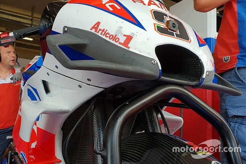 Petrucci prueba un nuevo diseño aerodinámico para la Ducati 2018